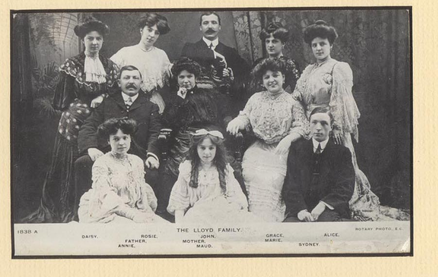 Marie Lloyd Family circa 1900