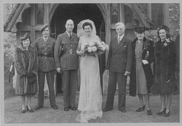 Wartime Wedding Munro